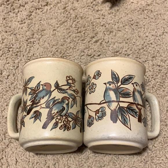2 Vintage Northcraft Mugs
